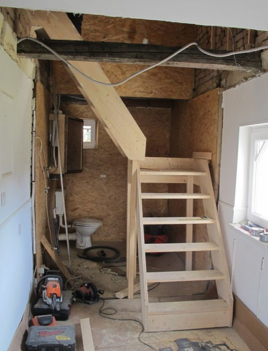 Bautreppe (Provisorium) für den Einsatz im Rohbau