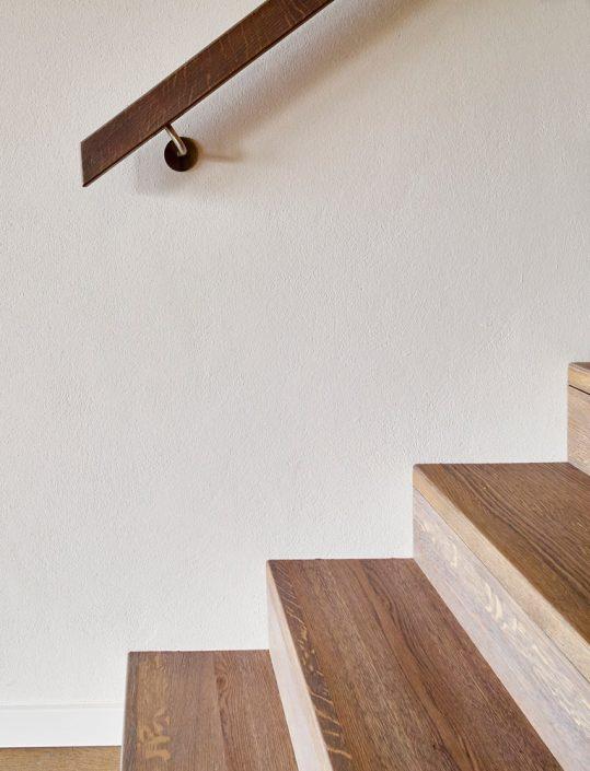 Treppenbelegung Kronos für Rohbau- und Betonstiegen in Eiche