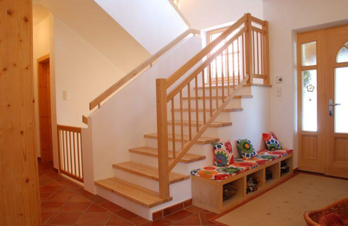 Treppenbelegung Waldmüller für Rohbau- und Betonstiegen in Lärche